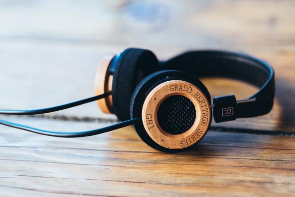 GH1 Headphones by Grado