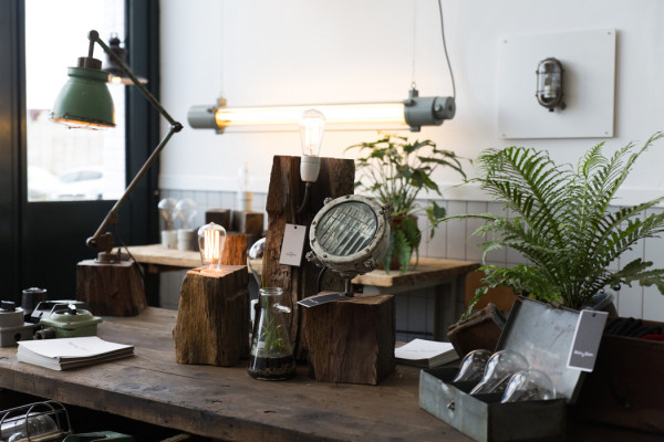 Blom & Blom – Industrial Lighting and Furniture