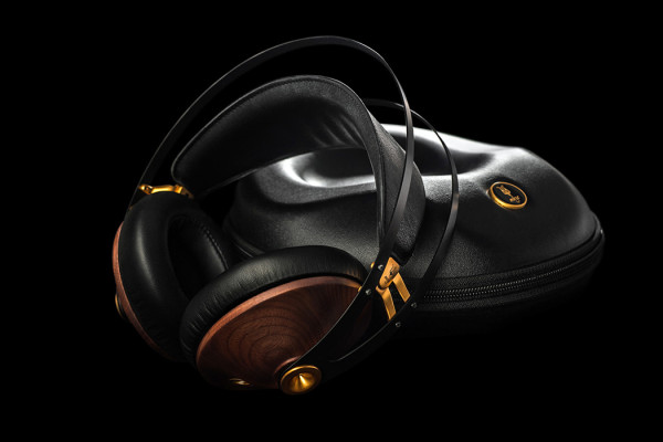 99 Classics Headphones from Meze