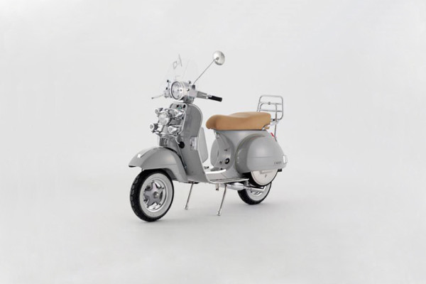 Vespa and Bunney Accessories Scooter