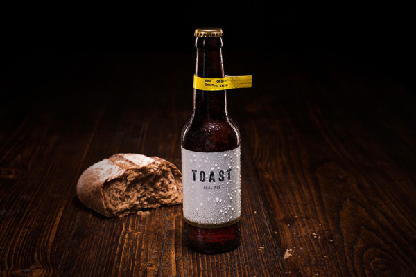 Turning old bread into Toast Pale Ale