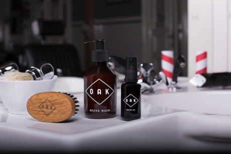 Take Care with Oak Natural Beard Care